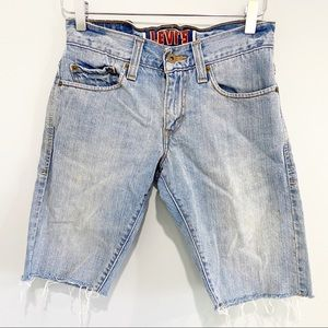 Vintage Levi's 511 skinny cut off jean shorts 28